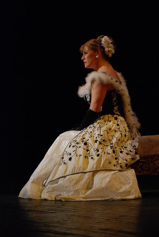 Marica grófnő • Sáfár Mónika